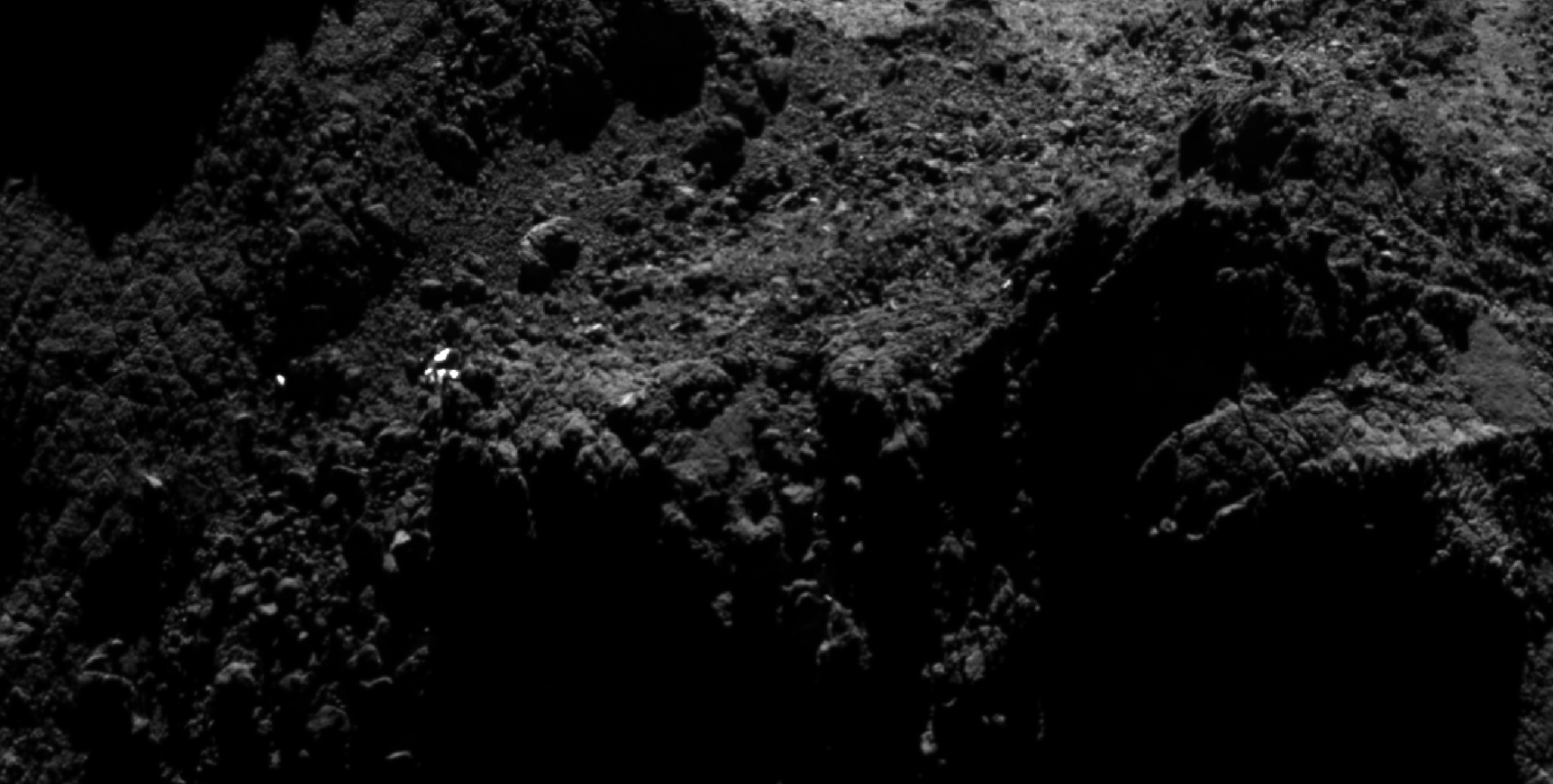 esa_rosetta_osiris_search_zoom1.png