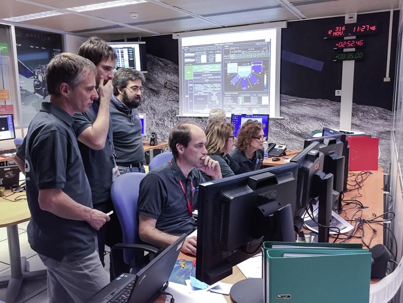 Dans les locaux du SONC (CNES, Toulouse), le mercredi 12 novembre 2014, pour l'atterrissage de Philae sur le noyau de la comète 67P. Crédits : CNES/G.Cannat.
